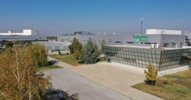 Fabrica Inteligentă Schneider Electric din Plovdiv implementeaza tehnologiile Industry 4.0 pentru toți clienții companiei din Europa de Sud-Est