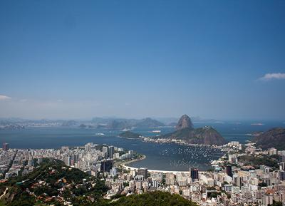 Rio the Janeiro cu Muntele Sugarloaf si Golful Guanabara