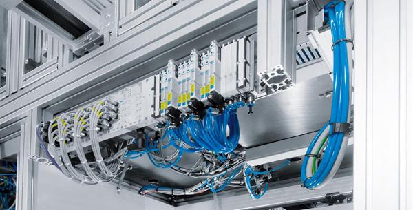 Modular, adaptabil și puternic: Există acum 2.000 de macrouri noi ale dispozitivelor, pentru o planificare rapidă a terminalelor supapelor Festo CPX/MPA