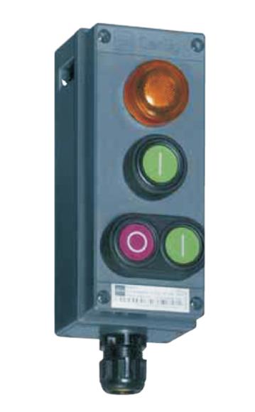 Lampa de semnalizare cu LED, instalata într-o cutie de comanda